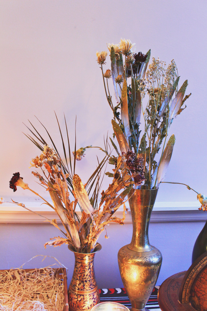 Jessthetics / Gold Flower Feather Arrangement